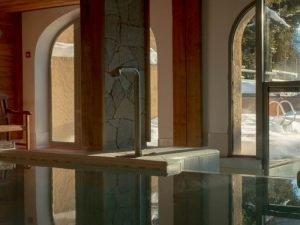 Piscine intérieur de l'Hotel Alliey à Serre Chevalier