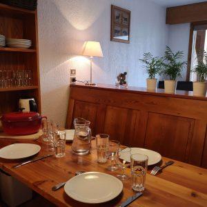Studio coin cuisine dans le séjour Alliey Monetier les Bains